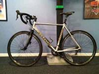 Selling my Cannondale CAAD8 2009 Cyclocross bike. This