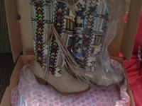 Never worn Big Buddha woman's cowboy boots. They are