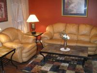 BEAUTIFUL LEATHER LIVING ROOM SET FOR SALE REAL LEATHER