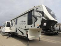 BIG COUNTRY 3596RE BY HEARTLAND REAR ENTERTAINMENT, 55""