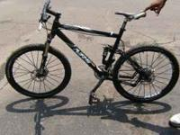 Mens Giant Bike for Sale Any Question Call  ask for Mr.