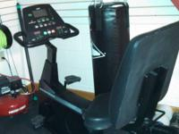 Diamondback commercial recumbent bike, all works well