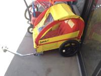 Awesome Bike trailer that seats 1 or 2 children with