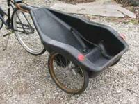Bugger III Bycycle trailer/child carrier by Cannondale.