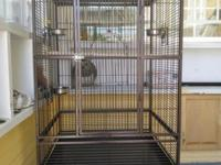 big bird parrot cage in exceptional health condition,