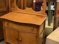 Birds eye Maple Serpentine Chest Drawer   Get there 1st
