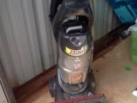 bissel vacum cleaner... only used a few times... please