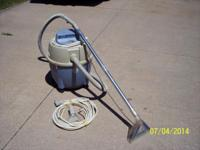 Bissell Carpet Machine Plus - Great for cleaning