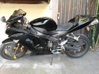 I have a black 2006 Kawasaki Ninja 636 ZX-6R with
