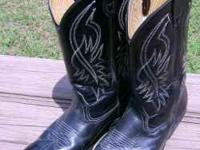 Black cowboy boots Mens size 10. These are all leather