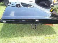 Black tonneau cover fits 2003 f150 crew cab bed its has