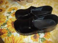 BLACK SANITA CLOG SIZE 34 AND OPEN EUROPEAN CLOG