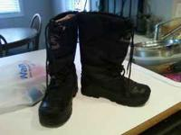 I have a pair of black snow boots size 8 call