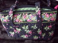 "Vera Bradley Pocketbook Black & Green 13"" x 9"" Barley"