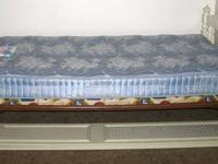 Were selling our black marble bed set. In good