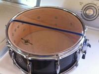 This 14 x 61/2 snare is in excellent condition. Could