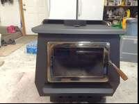 Very nice wood burning stove in excellent shape. This