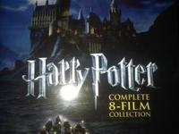 Package set of all 8 Harry Potter films on Blu-Ray.