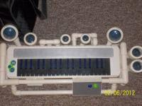 BlueMan Keyboard with built in drums and mP3 or IPod
