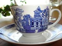Set of Blue Willow tea cups with saucers.  Never used.