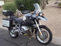 Very nice BMW R1200GS with lots of extras. This second