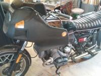 R100 RT 82 BMW Motorcycle. Runs good & very good
