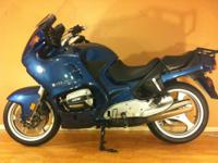 Beautiful BMW R1100RT 1998 in excellent condition.