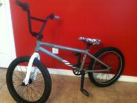 This specilized fuse bmx bike is in excellent