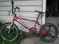 Schwinn Super Stock II BMX bike. Has SPIN rims, kevlar