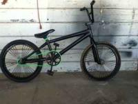 IM SELLEN A FELT BMX BIKE A LITTLE SCRACTHES LIKE 3 BUT