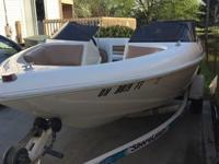 1996 Larson Flyer ski boat and trailer!Brand new carpet