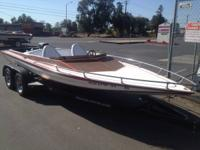 Tahitti day cruiser/speed Boat with oldsmobile 455 cid