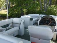 Pontoon boat for rent on Ossipee lake NH. The boat is a