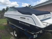 Selling boat with trailer good boat .. Good motor ..