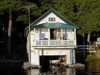 Weekly rental which includes a canoe. 2 .bedrooms and a