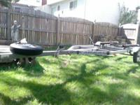 1993 Karavan boat Trailer with Title. Can be turned
