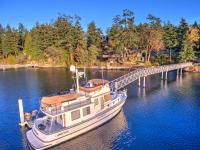 Well maintained west facing waterfront home with year