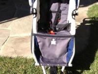 A great stroller for running. Easy to handle and