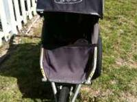 BOB stroller in great shape. Cost over $300.00