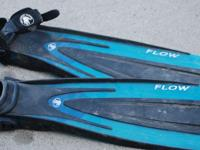 I've got a pair of Body Glove 'Flow' flippers. Fit