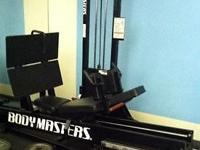 This made use of BodyMaster Leg Press has a 400 #