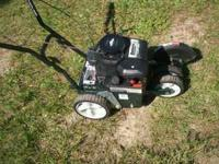 Like new Bolens edger, 3.5 hp Briggs engine, runs