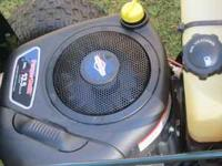 Like new Bolens MTD riding mower / lawn tractor. Has