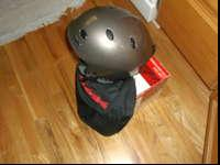 GENTLY USED BOLLE SNOWBOARD/SKI HELMET, SIZE LARGE