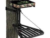 New in Box! Bone Enthusiast Ultra-Portable Hang-On Tree