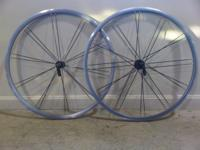 This wheel set is in really good shape and has less