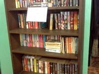 Louis l'amour paperback books, Dean Koontz, Steven