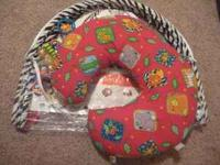 Boppy pillow 5 in 1 fun in excellent condition! This