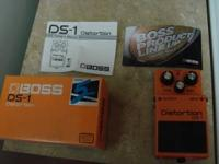 Boss ds1 distortion guitar pedal near mint condition
