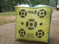 Bow Target 20x20x10 Shot maybe 25 times Please call